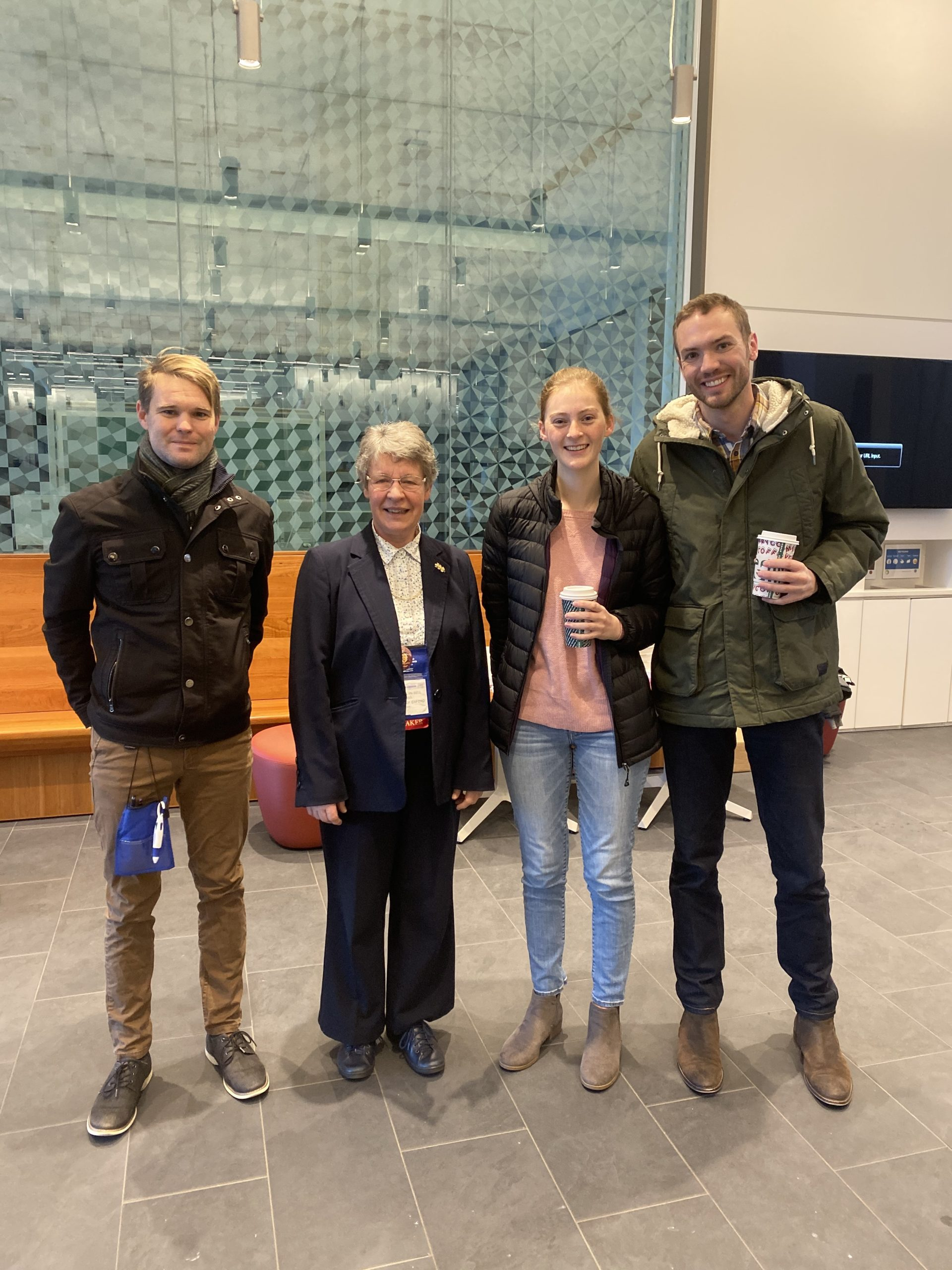 PhysCon meeting – SPS Students with Jocelyn Bell Burnell, discoverer of the first pulsar.